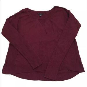 AMERICAN EAGLE  outfitters s/p burgundy sweater